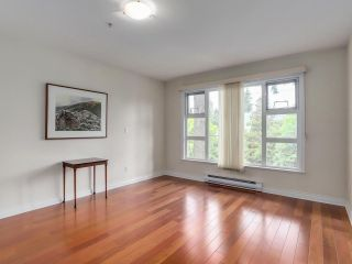 """Photo 13: 307 988 W 54TH Avenue in Vancouver: South Cambie Condo for sale in """"HAWTHORNE VILLA"""" (Vancouver West)  : MLS®# R2284275"""