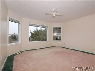 Photo 12: 3334 Haida Dr in VICTORIA: Co Triangle House for sale (Colwood)  : MLS®# 595040