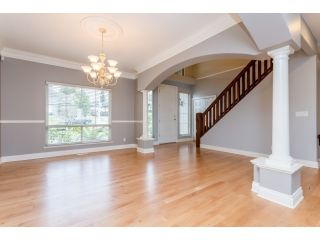 Photo 5: 18678 53A AVENUE in Cloverdale: Cloverdale BC House for sale ()  : MLS®# R2028756