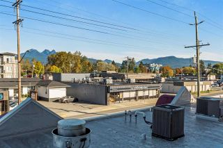 """Photo 18: 203 11980 222 Street in Maple Ridge: West Central Condo for sale in """"GORDON TOWERS"""" : MLS®# R2217152"""