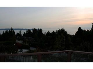 Photo 3: 4193 ALMONDEL CT in West Vancouver: Bayridge House for sale : MLS®# V855147