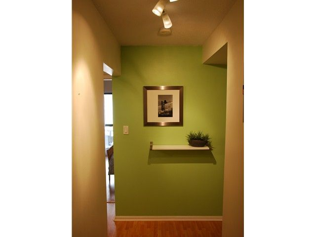 """Photo 3: Photos: 208 1435 NELSON Street in Vancouver: West End VW Condo for sale in """"WESTPORT"""" (Vancouver West)  : MLS®# V877675"""