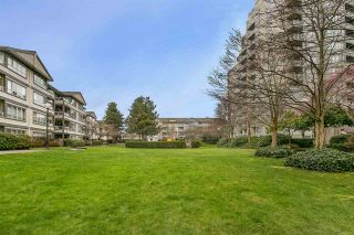 """Photo 12: 707 3489 ASCOT Place in Vancouver: Collingwood VE Condo for sale in """"Regent Court"""" (Vancouver East)  : MLS®# R2441538"""