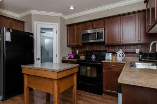 Photo 3: 20 46225 RANCHERO Drive in Sardis: Sardis East Vedder Rd Townhouse for sale : MLS®# R2321826