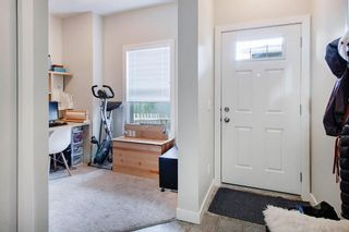 Photo 5: 105 2802 Kings Height Gate SE: Airdrie Row/Townhouse for sale : MLS®# A1061082