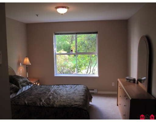 "Photo 6: Photos: 110 20110 MICHAUD Crescent in Langley: Langley City Condo for sale in ""Regency Terrace"" : MLS®# F2921008"