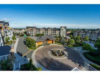 """Photo 30: 303 6490 194 Street in Surrey: Cloverdale BC Condo for sale in """"WATERSTONE"""" (Cloverdale)  : MLS®# R2489141"""