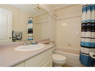 """Photo 13: 107 5489 201 Street in Langley: Langley City Condo for sale in """"Canim Court"""" : MLS®# F1414241"""