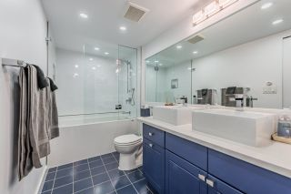 """Photo 18: 52 1425 LAMEY'S MILL Road in Vancouver: False Creek Condo for sale in """"Harbour Terrace"""" (Vancouver West)  : MLS®# R2499558"""