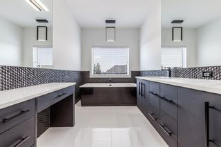 Photo 25: 7853 8A Avenue SW in Calgary: West Springs Detached for sale : MLS®# A1136445
