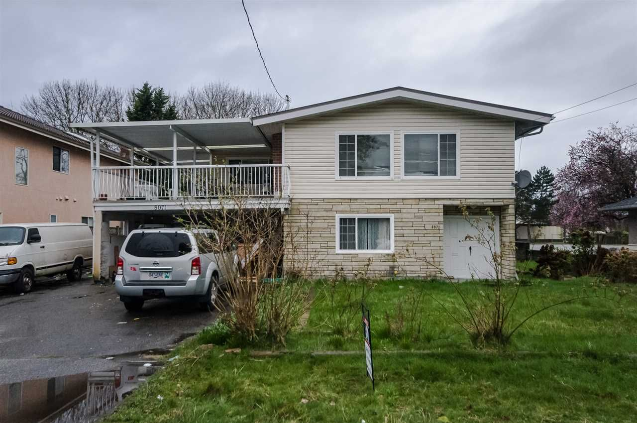 Main Photo: 8071 MINLER Road in Richmond: Woodwards House for sale : MLS®# R2556467