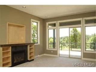 Photo 2:  in : Co Royal Bay House for sale (Colwood)  : MLS®# 398082