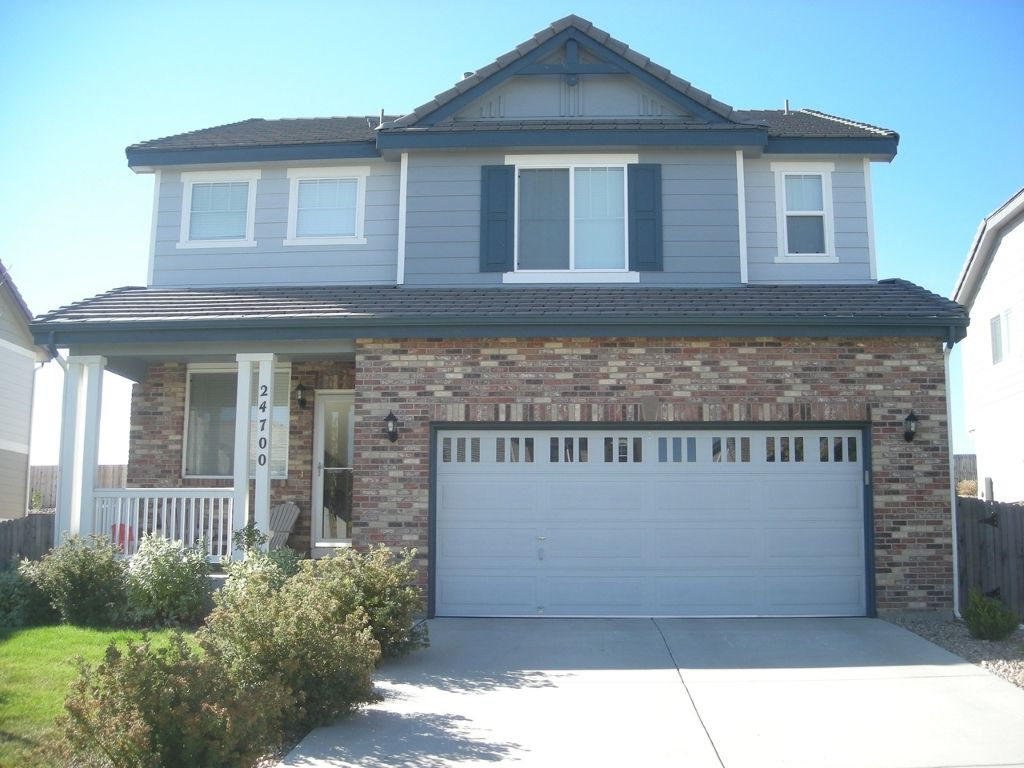 Main Photo: 24700 East Euclid Place in Aurora: House for sale : MLS®# 938289