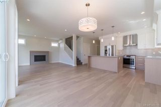 Photo 2: 2111 Wood Violet Lane in NORTH SAANICH: NS Bazan Bay House for sale (North Saanich)  : MLS®# 782810