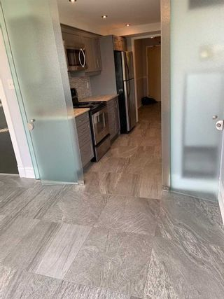 Photo 9: 410 7 Townsgate Drive in Vaughan: Crestwood-Springfarm-Yorkhill Condo for sale : MLS®# N5125672