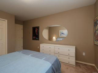 Photo 14: 9692 First St in Sidney: Si Sidney South-East Half Duplex for sale : MLS®# 864027