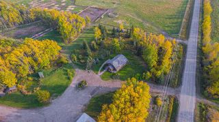 Photo 1: 17848 PRESPATOU Road in Fort St. John: Fort St. John - Rural W 100th Agri-Business for sale (Fort St. John (Zone 60))  : MLS®# C8038545