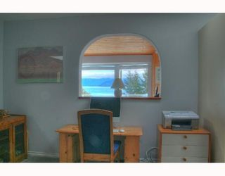 "Photo 5: 1766 NORTH Road in Gibsons: Gibsons & Area House for sale in ""HOPKINS LANDING"" (Sunshine Coast)  : MLS®# V692529"
