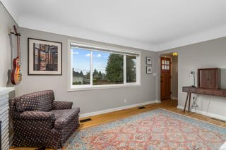 Photo 5: 1698 North Dairy Rd in : SE Camosun House for sale (Saanich East)  : MLS®# 863926
