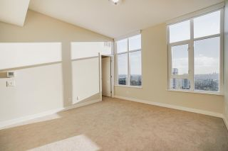 """Photo 13: PH3004 570 EMERSON Street in Coquitlam: Coquitlam West Condo for sale in """"UPTOWN 2"""" : MLS®# R2575074"""
