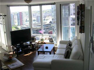 """Photo 7: 2202 788 HAMILTON Street in Vancouver: Downtown VW Condo for sale in """"TV TOWER I"""" (Vancouver West)  : MLS®# V825585"""