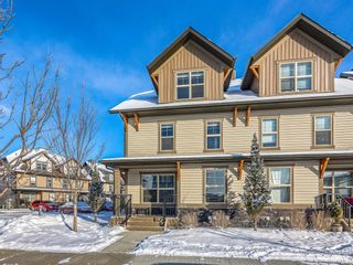 Photo 2: 1401 50 Belgian Lane: Cochrane Row/Townhouse for sale : MLS®# A1069280