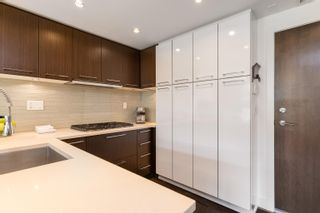 """Photo 14: 227 2008 PINE Street in Vancouver: False Creek Condo for sale in """"MANTRA"""" (Vancouver West)  : MLS®# R2620920"""