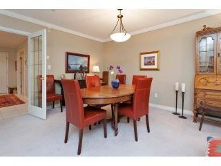 Photo 13: # 402 1725 128TH ST in Surrey: Crescent Bch Ocean Pk. Condo for sale (South Surrey White Rock)  : MLS®# F1441077