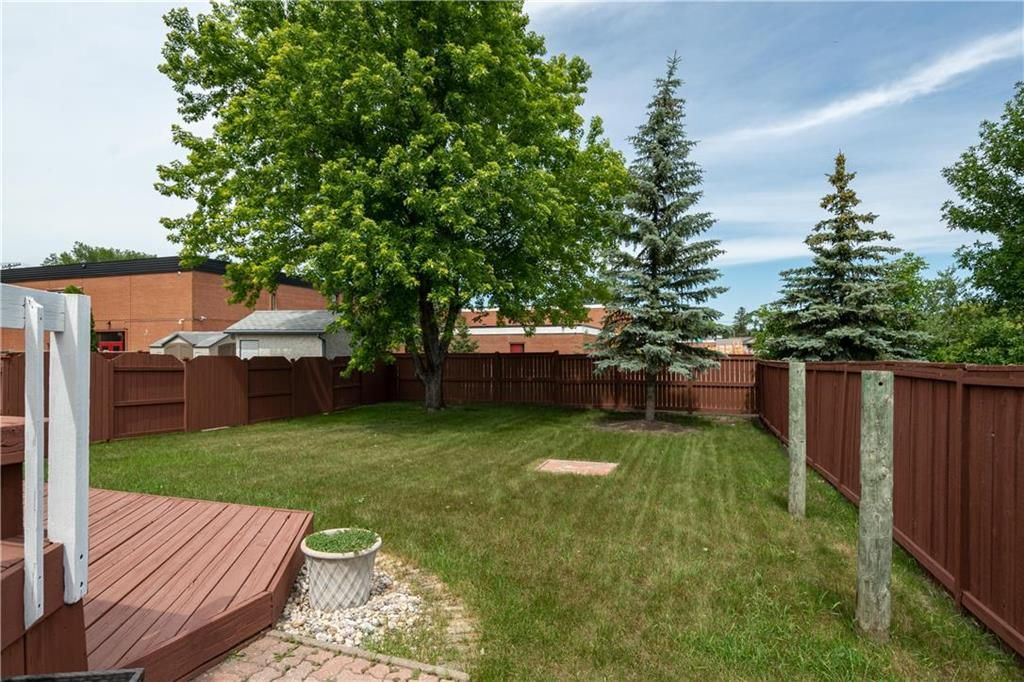 Photo 28: Photos: 1115 Waterford Avenue in Winnipeg: West Fort Garry Residential for sale (1Jw)  : MLS®# 202116113