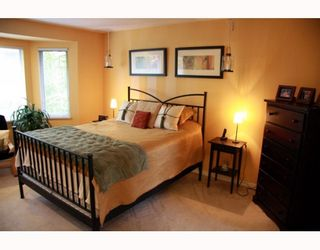 """Photo 8: 38 2990 PANORAMA Drive in Coquitlam: Westwood Plateau Townhouse for sale in """"WESBROOK VILLAGE"""" : MLS®# V768307"""
