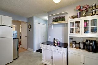 Photo 8: 136 Georgian Villas NE in Calgary: Marlborough Park Row/Townhouse for sale : MLS®# A1100929