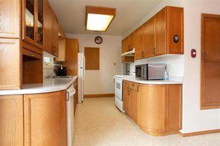 Photo 11: 716 Simpson Avenue in Winnipeg: East Kildonan Residential for sale (3B)  : MLS®# 202111309