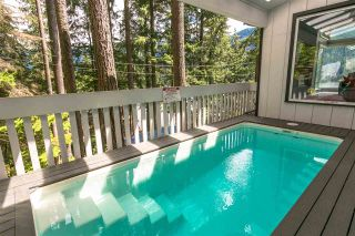 Photo 10: 304 SASAMAT Lane in North Vancouver: Woodlands-Sunshine-Cascade House for sale : MLS®# R2283850