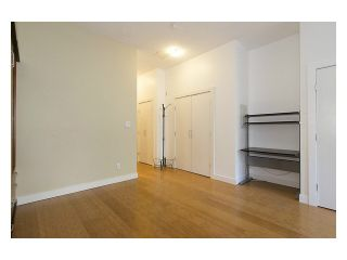 """Photo 15: 105 205 E 10TH Avenue in Vancouver: Mount Pleasant VE Condo for sale in """"The Hub"""" (Vancouver East)  : MLS®# V1082695"""