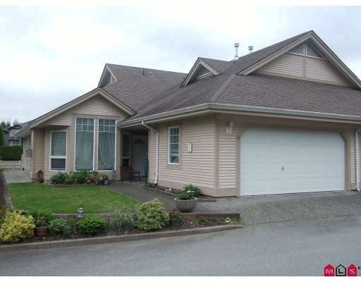 """Main Photo: 90 9025 216TH Street in Langley: Walnut Grove Townhouse for sale in """"Coventry Woods"""" : MLS®# F2820777"""