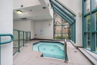 "Photo 16: 1606 939 HOMER Street in Vancouver: Yaletown Condo for sale in ""PINNACLE"" (Vancouver West)  : MLS®# R2253359"