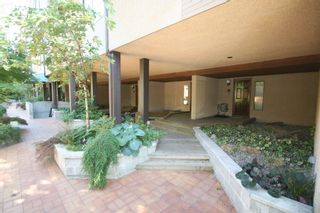 Photo 2: 1199 W 7th Avenue in Marina Place: Home for sale : MLS®# v722197
