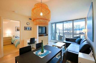 "Photo 7: 303 1680 W 4 Avenue in Vancouver: False Creek Condo for sale in ""Mantra"" (Vancouver West)  : MLS®# R2541946"