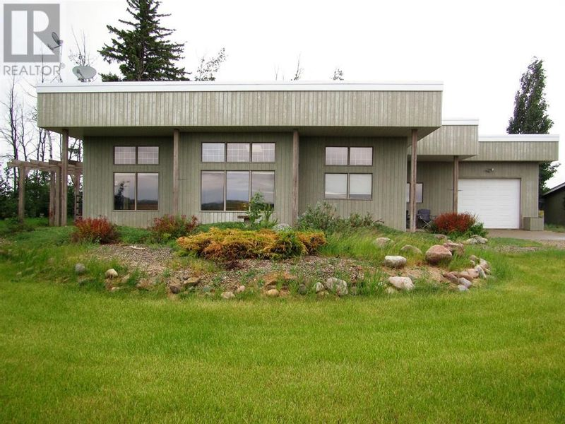 FEATURED LISTING: 40050 Township Road 804 Route Rural Fairview No. 136, M.D. of