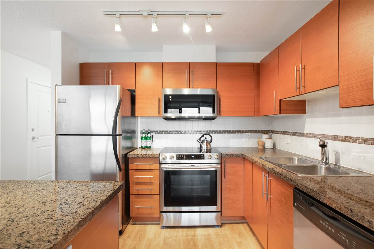 Photo 8: Photos: 1201 5611 GORING STREET in Burnaby: Central BN Condo for sale (Burnaby North)  : MLS®# R2431529