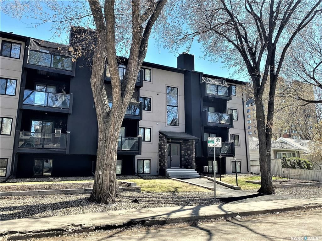 Main Photo: 306 512 4th Avenue North in Saskatoon: City Park Residential for sale : MLS®# SK852634