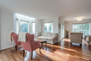 "Photo 3: 301 14934 THRIFT Avenue: White Rock Condo for sale in ""Villa Positano"" (South Surrey White Rock)  : MLS®# R2538501"