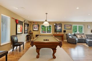 """Photo 17: 21387 40 Avenue in Langley: Brookswood Langley House for sale in """"Brookswood"""" : MLS®# R2458084"""