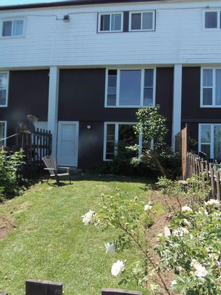 Photo 1: 70 10 Drumdonald Road in Cowie Hill: 7-Spryfield Residential for sale (Halifax-Dartmouth)  : MLS®# 202116030