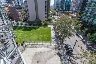 """Photo 16: 605 1212 HOWE Street in Vancouver: Downtown VW Condo for sale in """"1212 Howe"""" (Vancouver West)  : MLS®# R2091992"""
