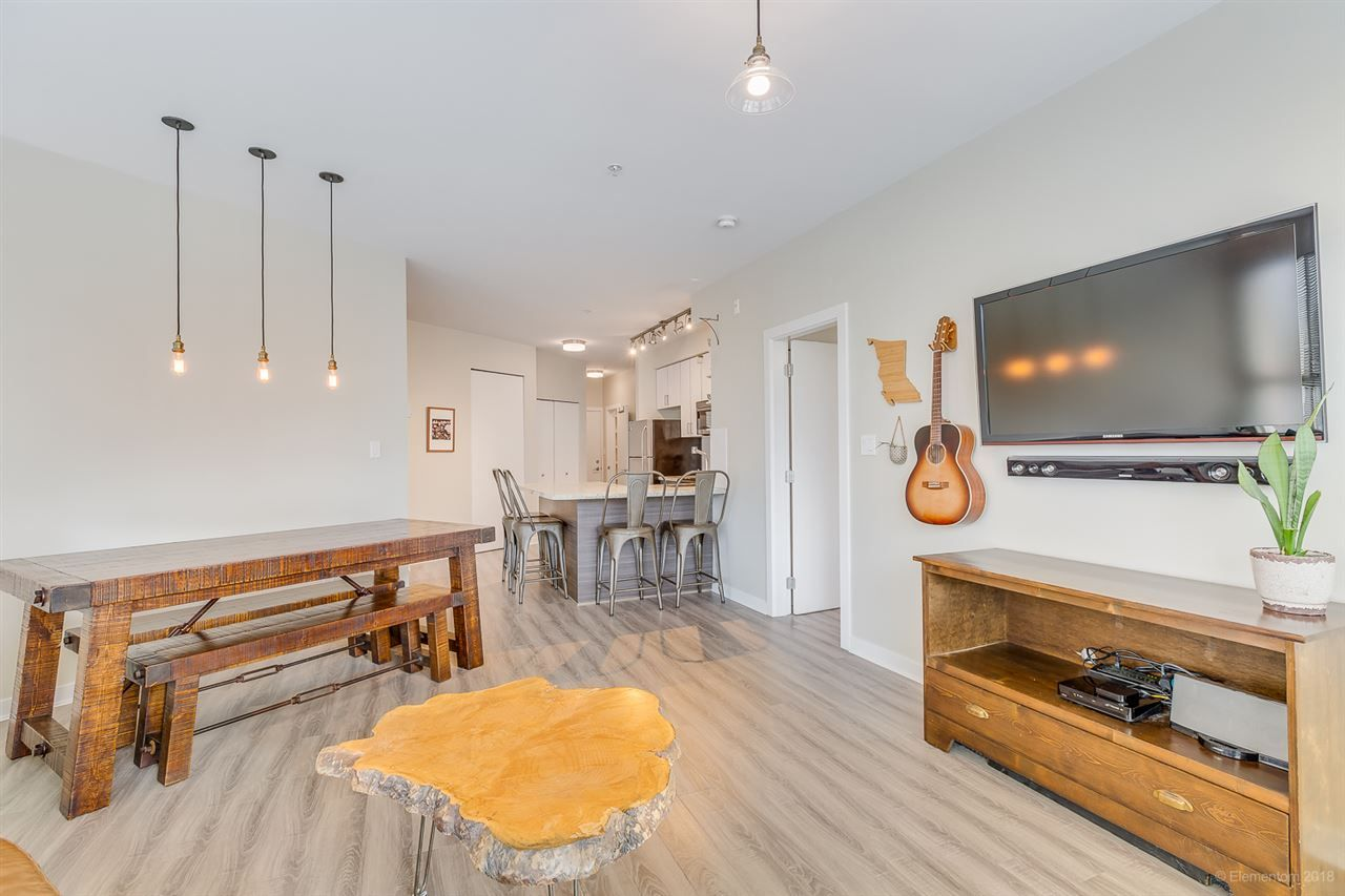 """Main Photo: 210 3688 INVERNESS Street in Vancouver: Knight Condo for sale in """"Charm"""" (Vancouver East)  : MLS®# R2345631"""