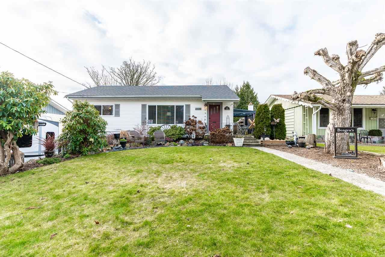 Photo 2: Photos: 2551 PARK Drive in Abbotsford: Central Abbotsford House for sale : MLS®# R2533422
