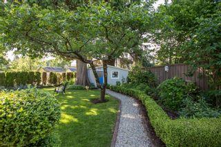 "Photo 30: 2882 MCKENZIE Avenue in Surrey: Crescent Bch Ocean Pk. House for sale in ""Crescent Beach"" (South Surrey White Rock)  : MLS®# R2460460"