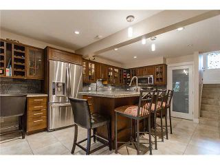 Photo 10: 241 BALMORAL Place in Port Moody: North Shore Pt Moody Townhouse for sale : MLS®# V1021007