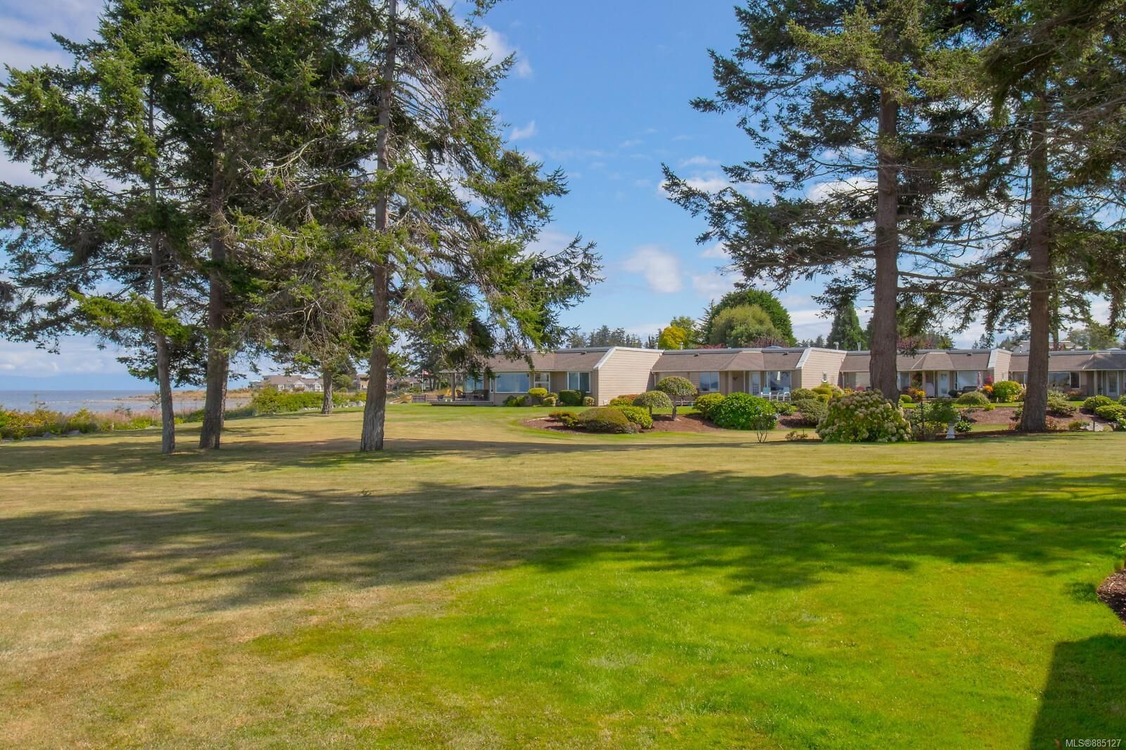 Photo 49: Photos: 26 529 Johnstone Rd in : PQ French Creek Row/Townhouse for sale (Parksville/Qualicum)  : MLS®# 885127